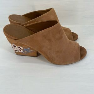 Tory Burch shoes size 7 suede mule